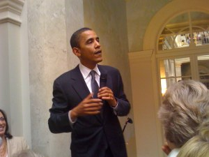 Barack speaks at the Getty home